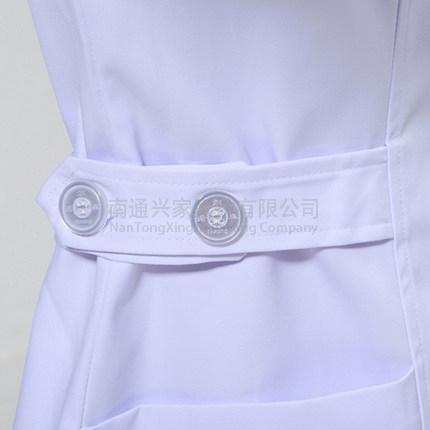 白色护士服冬款大娃娃领